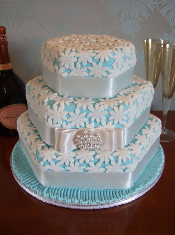 Pretty White Daisies on Baby Blue Tiered Cake