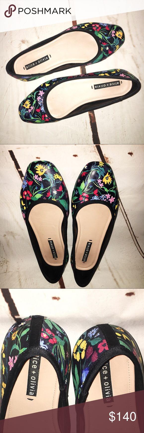 Alice + Olivia Whitney Floral Flats EUC - absolutely spotless condition (only ever worn once). Nappa floral leather upper. Slip on style. Leather lining, leather sole. Passed insole - super comfortable. True to size. Alice + Olivia Shoes Flats & Loafers