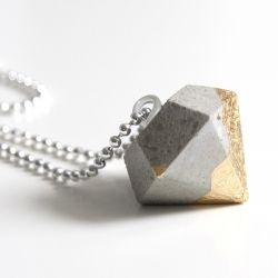 Jewellery made of concrete & dipped into gold