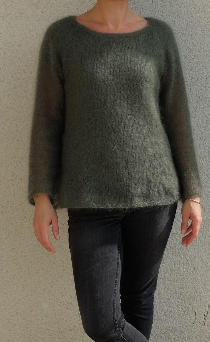 Voilà le pull tout fin, tricoté avec amour....par Tricolyne !   J'avais une commande, qui ressemble au final à peu près à ça...Un pull fin ...