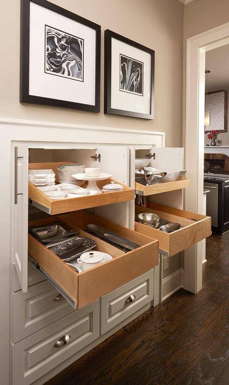 Pull out storage for kitchen items