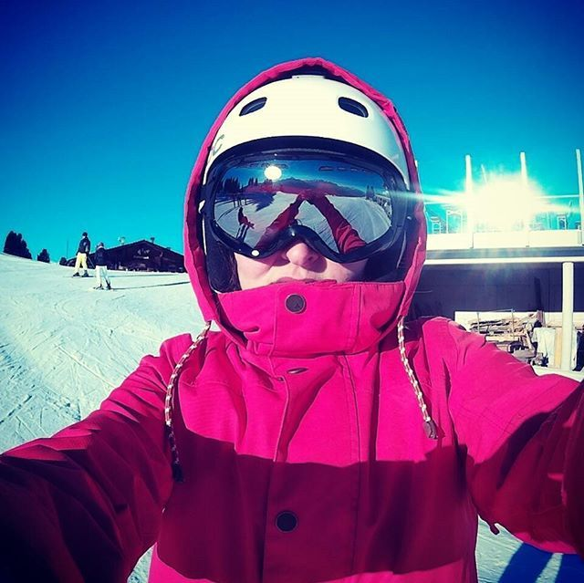 #zillertal#penken#mayerhofen#hippach#snowboarden#snow#sun#bautifulday#mylove#passion#burton#burtonfather#snowboarding#holiday#love#🏂❄❤