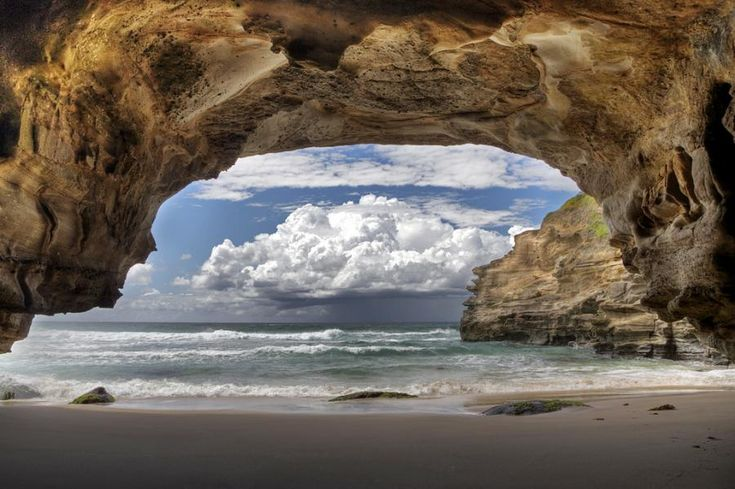 Ghosties Sea Cave, Australia. By Steve Passlow. This photo makes me want to go here.