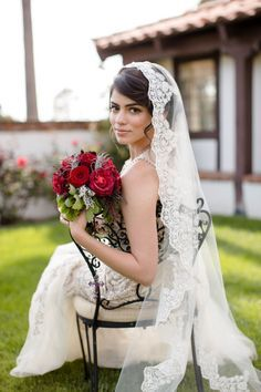 Romantic vintage italian rustic chic wedding dress. Stunning bride with bench of red roses. <3 Perfect for vintage chic wedding.