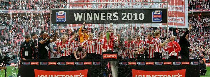 Winning the Johnstones paint trophy 2010 - #Southampton FC #Quiz  - #The Saints!