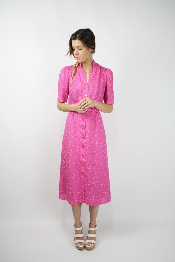 love mandarin collars and vintage. not quite the right pink for me, but cute nonetheless.