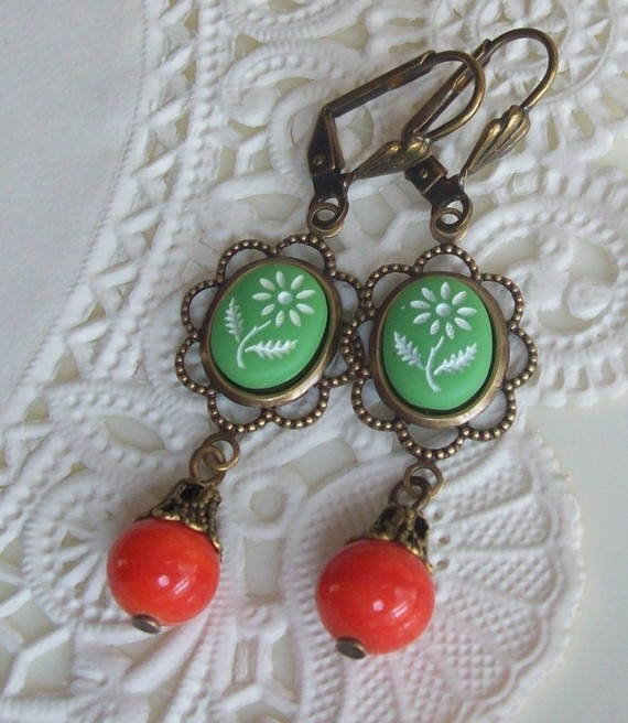 Free Shipping Milicent Vintage Cameo Earrings by fromthevine, $10.00