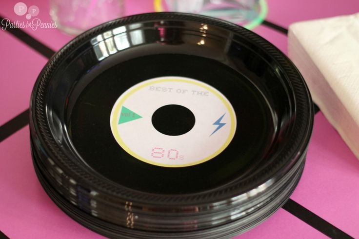 80s party - record plates and link to site with tons of good 80's party ideas