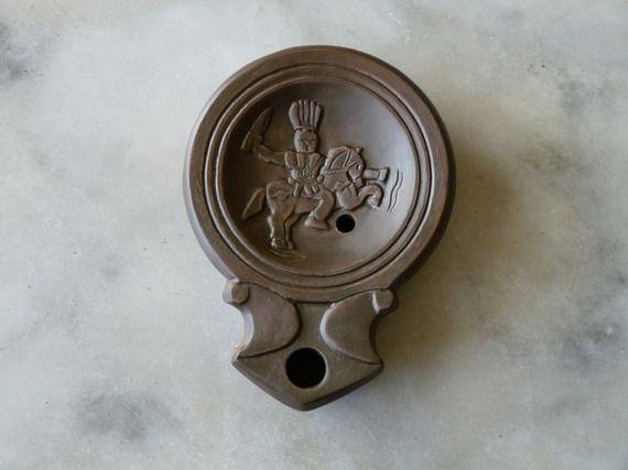 Lampe à huile romaine gauloise Alaudagenos