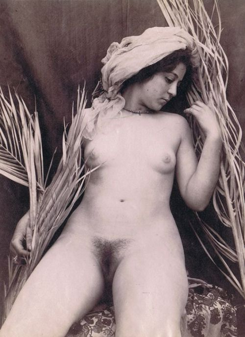 Vintage nackte schwarze Mädchen