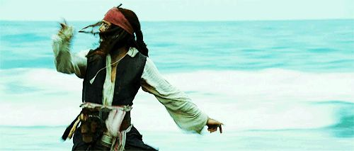 scared running johnny depp pirates of the caribbean jack sparrow