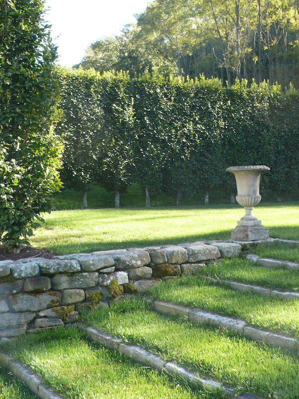 Bungalow Home Landscape Design on tudor home landscape, colonial home landscape, cottage home landscape, tuscan home landscape, contemporary home landscape,