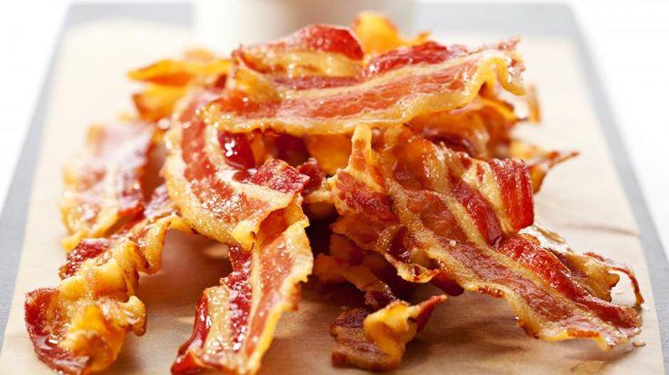 Hvordan steke bacon i ovn, blir sprø og smaker fortreffelig.