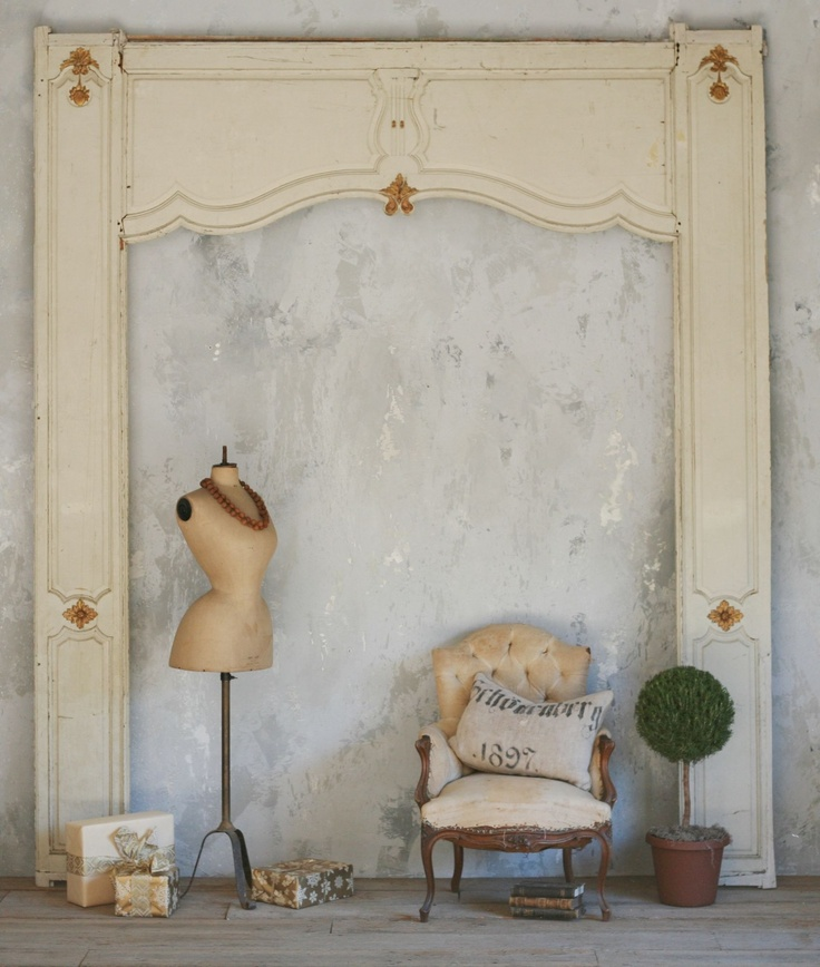 vintage architectural frameArchitecture Wall, Antiques Architecture, Antiques Dresses, Wall Frames, Aka Dressform, Shabby Chic, Beautiful Antiques, Dresses Form, French