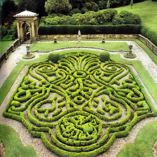 98 best Parterres Knot Gardens images on Pinterest French people