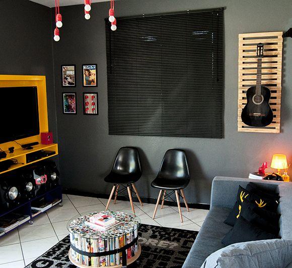 Sala de TV com decoração intimista, conforto e aconchego com muito estilo