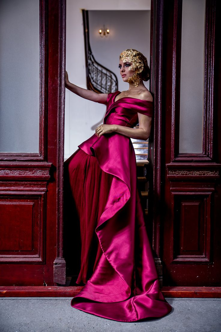 HESSA Royal Style, Princess Ball Gown Fuchsia Evening Dress by Fashion by Laina. See the full Golden Shades collection at www.fashion.eu