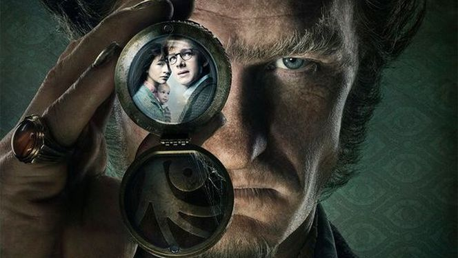 """""""While it was somewhat successful, it never got a sequel, and according to the author of the books the movie franchise went off the rails due to corporate shakeups..."""" #lemonysnicketsaseriesofunfortunatervents #seriesreview #neilpatrickharris #patrickwarburton #cobiesmulders #willarnett https://ps4pro.eu/2016/08/24/lemony-snickets-a-series-of-unfortunate-events-death-depression-despair/"""