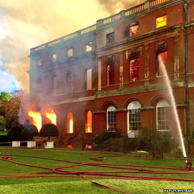Clandon Park House in Surrey hit by major fire