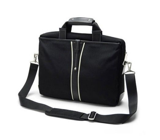 The marketplace nowadays is loaded with umpteenth varieties of extremely cool laptop bags. You will be able to get laptop bags specifically for different age groups.