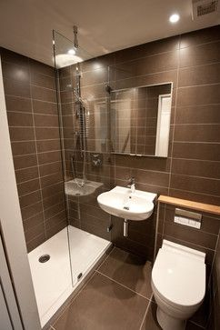 Use of space for small bathroom