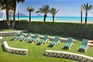 Hotel Kaktus Albir  Description: Hotel Kaktus Albir is een modern viersterren hotel direct gelegen aan het mooie strand van Albir. Je stapt het hotel uit en staat zo met je voeten in het warme zand. Maak een heerlijke...  Price: 319.00  Meer informatie  #beach #beachcheck #summer #holiday