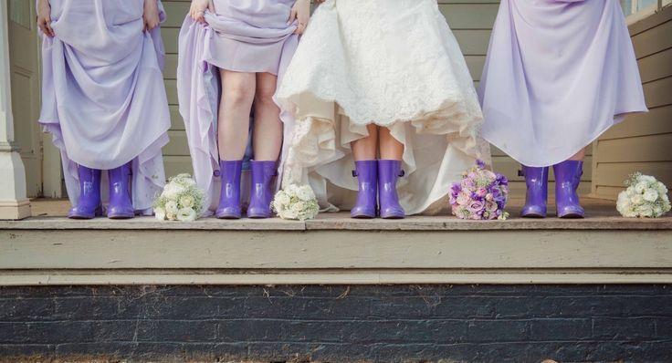 How cute is this photo - love this idea. www.gabbinbar.com.au