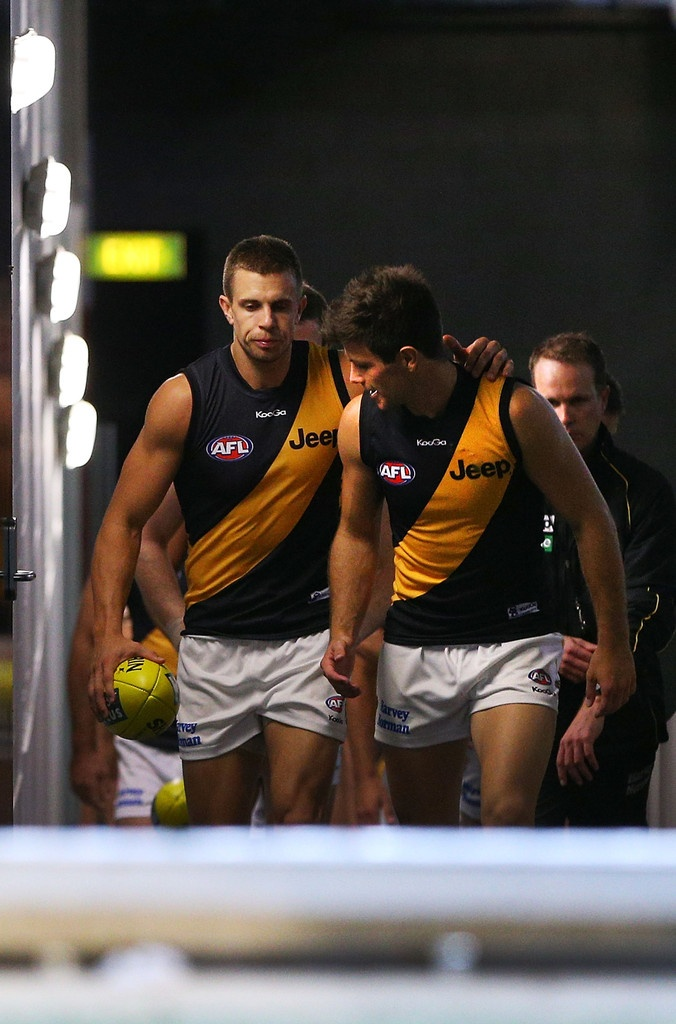 Brett Deledio and Trent Cotchin Photo - St Kilda v Richmond April 2013