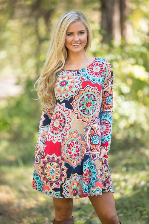 If you adore the print on our Come A Little Closer Maxis in Navy and Mint, check out this gorgeous addition to our collection!