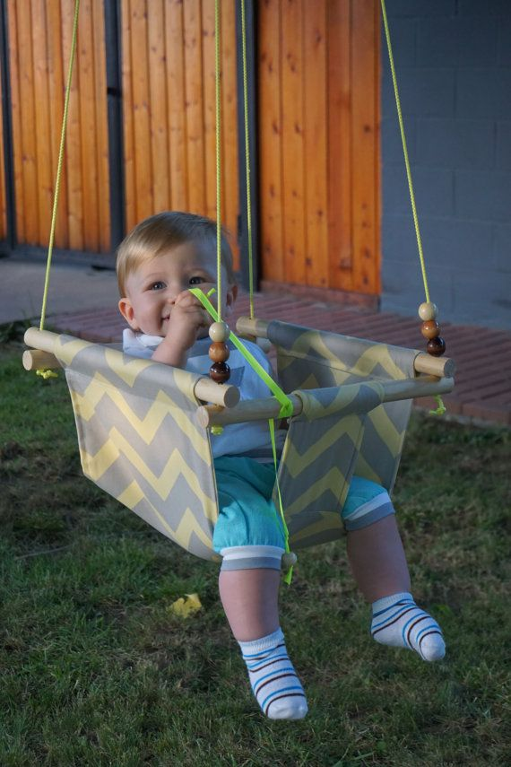 17 best ideas about outdoor baby swing on pinterest crochet hammock diy diy hammock and baby. Black Bedroom Furniture Sets. Home Design Ideas