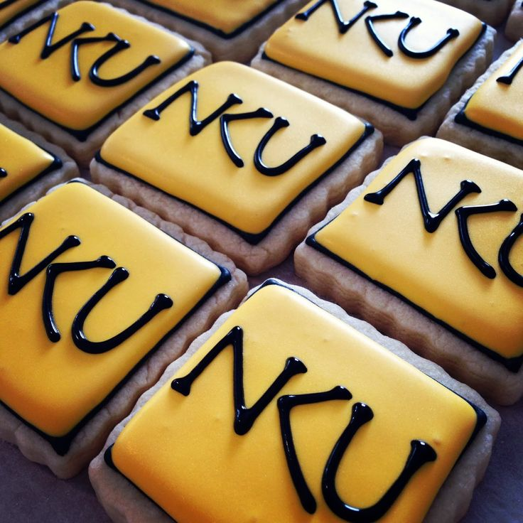 Hello Cupcake!: Northern Kentucky University Cookies