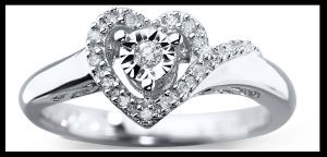 Tiffany's website about promise rings for her, promise rings for him, promise rings for couples and cheap promise rings. They have matching promise ring sets, and mens promise rings. Buy diamond promise rings for your girlfriend now. Square cut promise rings as well as round cut, cushion cut with princess cut being the most popular of them.