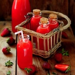 Strawberry Lemonade: Tasti Recipe, Idea, Strawberries Lemonade, Yummy, Strawberry Lemonade, Savory Recipe, Bottle, Favorite Recipe, Drinks