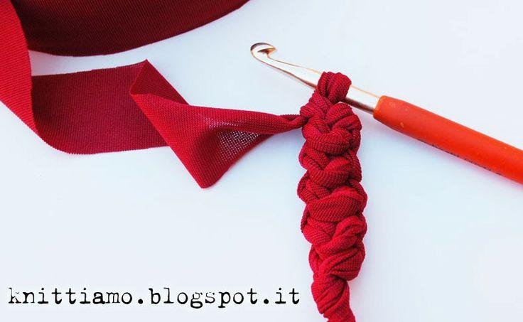 Come fare la spighetta rumena per i manici delle borse