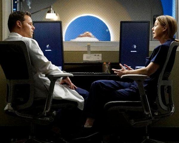 Grey's Anatomy Season 13 Spoilers: Alex Karev Booked For Murder? - http://www.morningledger.com/greys-anatomy-season-13-spoilers-alex-karev-booked-for-murder/13100233/