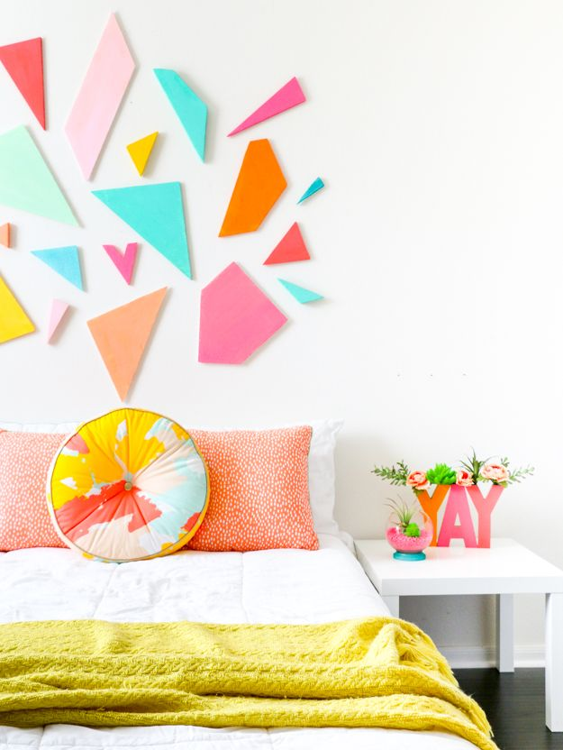 Learn how to DIY your own light weight colorful geometric headboard using craft foam sheets by FloraCraft. Easy triangle and polygon shaped…
