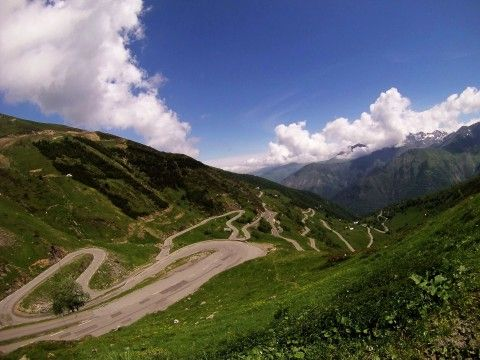 Across the Pyrenees in France, french cycling holidays in the Pyrenees