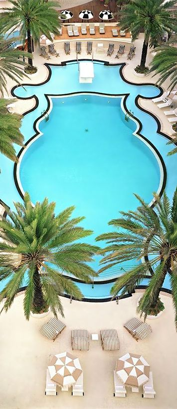 Miami is home to some of the most beautiful hotels and pools in the world. #KrepsPR