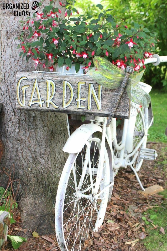 1001 Ideen Fur Garten Gestalten Mit Wenig Geld Gartengestaltung Ideen Gartengerumpel Kreative Garten Ideen