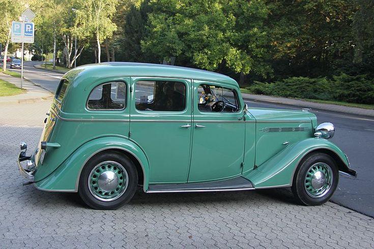 Vauxhall 14-6 saloon – 1933