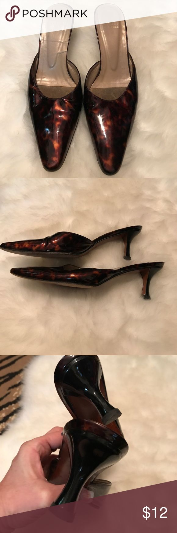 Stuart Wiseman shoes Gorgeous slip on kitten heel. Top rated quality and comfort classy shoes. Shoes