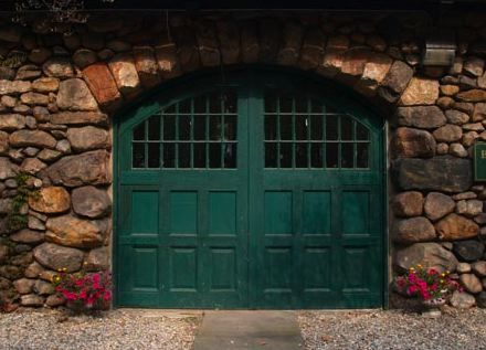 Gorgeous Green Garage Door Color Garage Door Trends