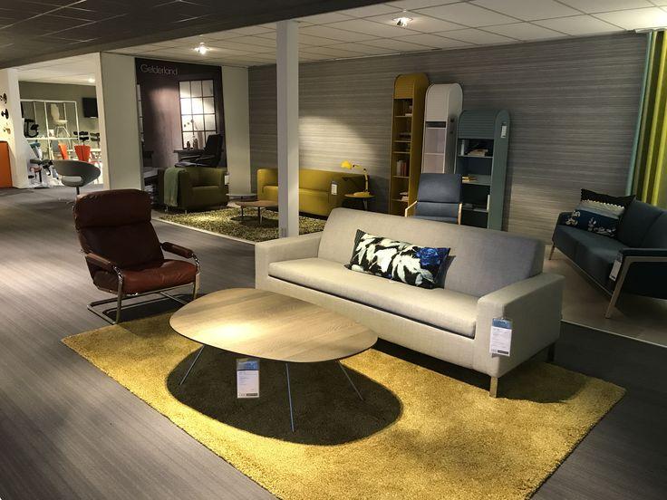 Gelderland bank 7610 en fauteuil 601 Meneer Obermann design Jan des Bouvrie @kokwooncenter in Amersfoort #dutchdesign #jandesbouvrie #gelderlandmeubelen #interieur