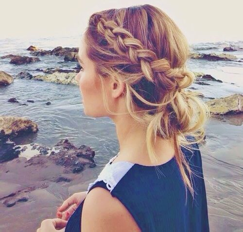 Lauren Conrad #hair: Beaches Hair, Braids Hairstyles, Makeup, Beautiful, Messy Buns, Hair Style, Beaches Braids, Side Braids, Braids Buns