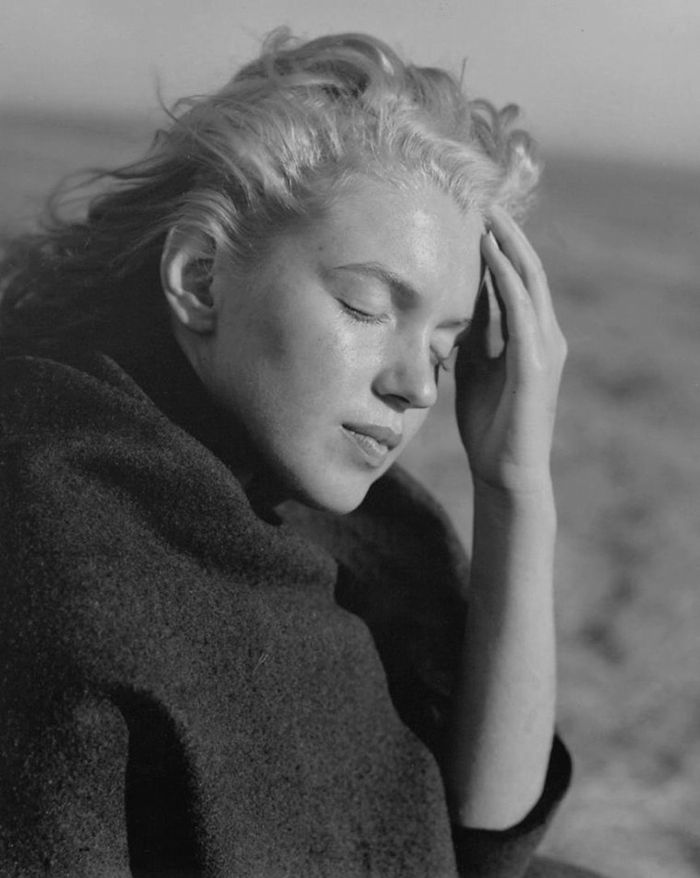 Photographies de Marilyn Monroe à 20 Ans à Malibu Beach en 1946 (9)