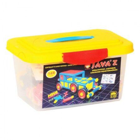 748 Jáva építőelemet tartalmazó műanyag láda. A Magyar gyártmányú Jáva játékokat egymással kombinálva fantasztikus építményeket, épületeket, bútorokat, járműveket és tárgyakat hozhatunk létre.