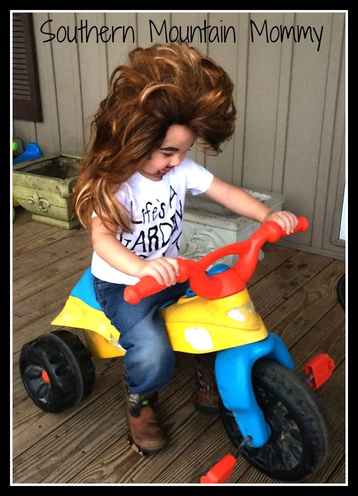 http://www.southernmountainmommy.com/halloween-2015/ Joe Dirt. Halloween. Joe Dirt costume.