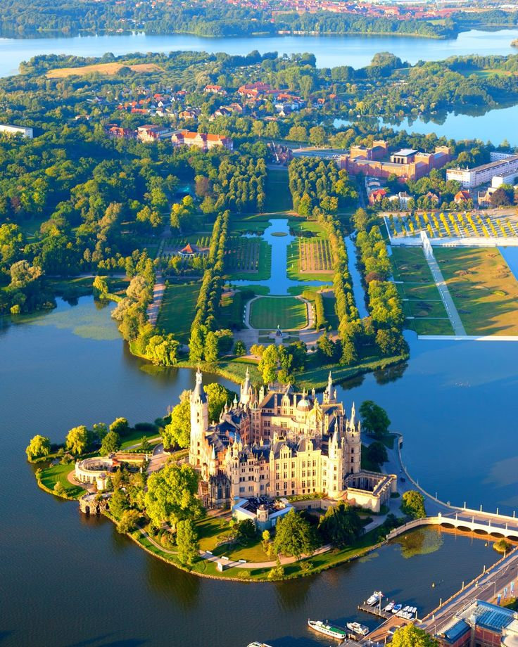 Schwerin Castle ; Schweriner Schloss is a castle located in the city of Schwerin, the capital of the Bundesland of Mecklenburg-Vorpommern, Germany. For centuries it was the home of the dukes and grand dukes of Mecklenburg and later Mecklenburg-Schwerin. It currently serves as the seat of the state parliament..
