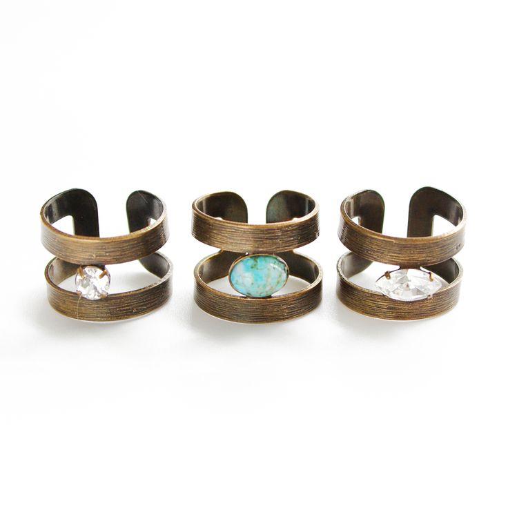Thea ring trio