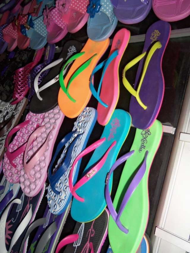sandalias por mayor  cel 3123331400 Cra 13 # 60-29 MAYORISTAS DE CHANCLAS, SANDALIAS ventas por mayor 3123331 .. http://bogota-city.evisos.com.co/sandalias-por-mayor-cel-3123331400-cra-13-60-id-343359
